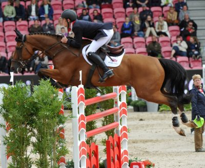 A clear round from Scott Brash and Hello Sanctos secured the lead for Great Britain in the PSI FEI European Team Jumping Championship at Herning in Denmark today