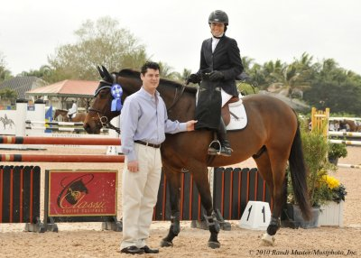 Samantha Senft and Balthazar won the $10000 Adult Amateur 18-35 Jumper ...